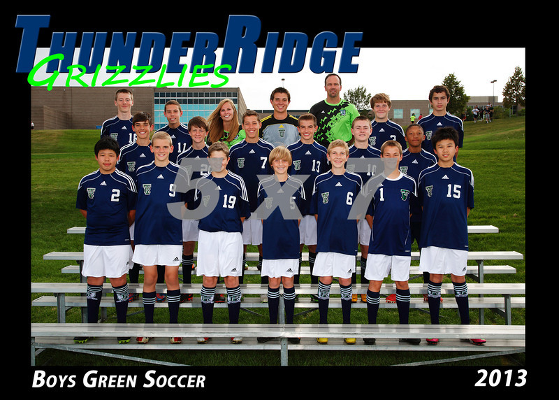 2013 TRHS Soccer Boys Green 5x7 Team Photo